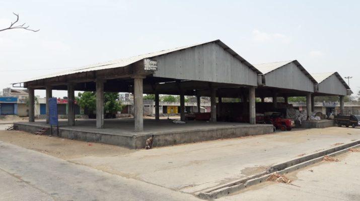 Shetkari Samp farmers strike lasalgaon apmc arrival decreased nashik maharashtra