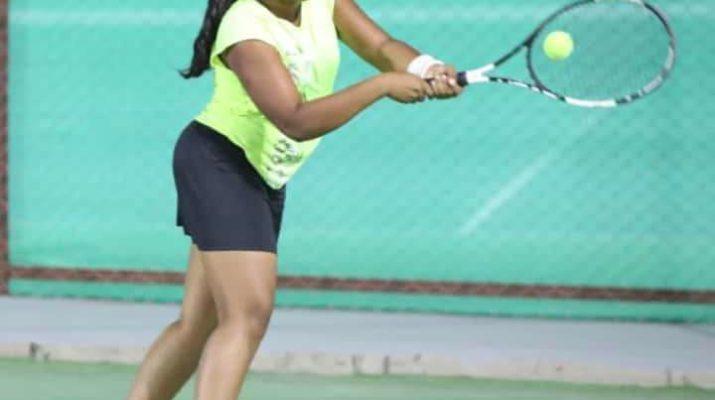 Shatakshi Darekar Lawn Tennis Nashik Region Team State Chmpionship 2019 Sports News On Web Latest Marathi Batmya शताक्षी दरेकर लॉन टेनिस