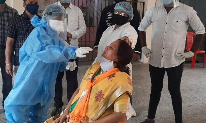 District 636 and city 474 patients Nashik corona update 5August News On Web Marathi Batmya नाशिक नवे कोरोना रुग्ण जिल्हा शहर बरे झालेले प्रमाण